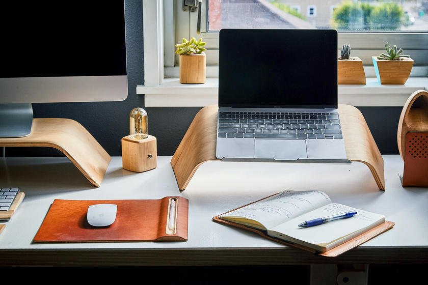 Otthonról dolgozni sem fenékig tejfel: a home office előnyei és hátrányai