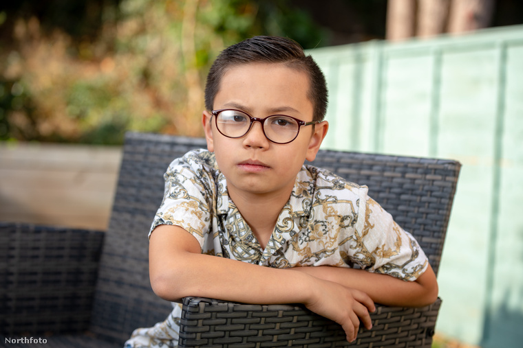 A kisfiú egyébként mostanáig csak fotómodellként dolgozott, az első kifutós divatbemutatója decemberben lesz majd