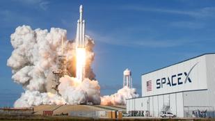 Mi az a rengeteg füst, ami indításkor kijön a rakétákból?