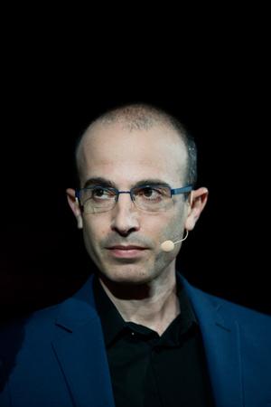 Yuval Noah Harari Portrait 1