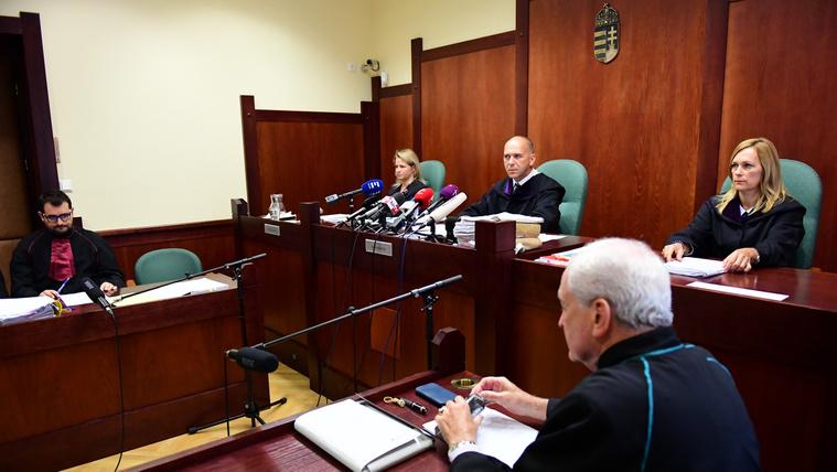 Öt évre ítélték a röszkei terroristaper vádlottját