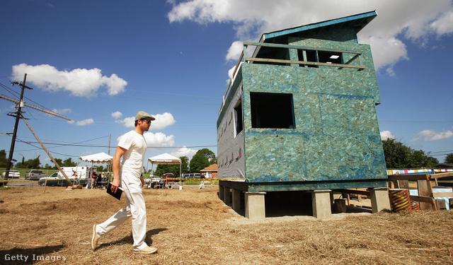 Brad Pitt az építkezésen 2007-ben