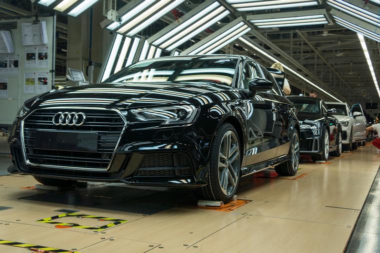 Napi akár 700 autó is készülhet Győrben