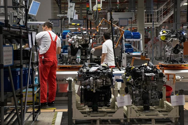 25 év alatt összesen 34 millió motor készült Győrben