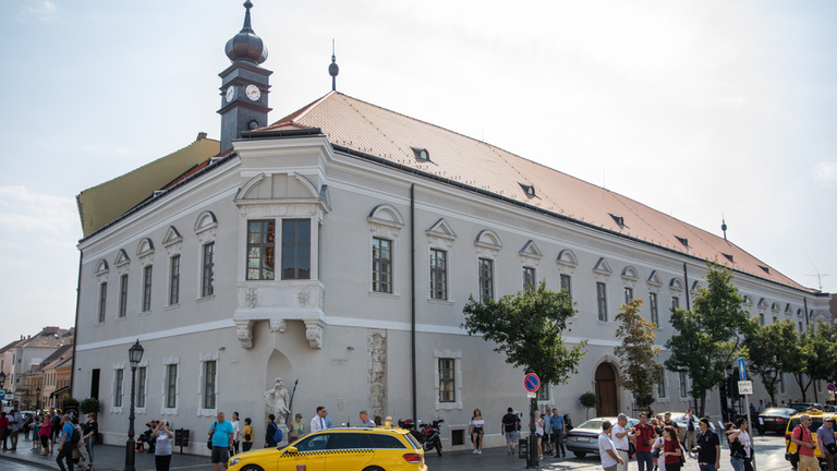 Bárki besétálhat az utcáról a régi városháza tömlöcébe