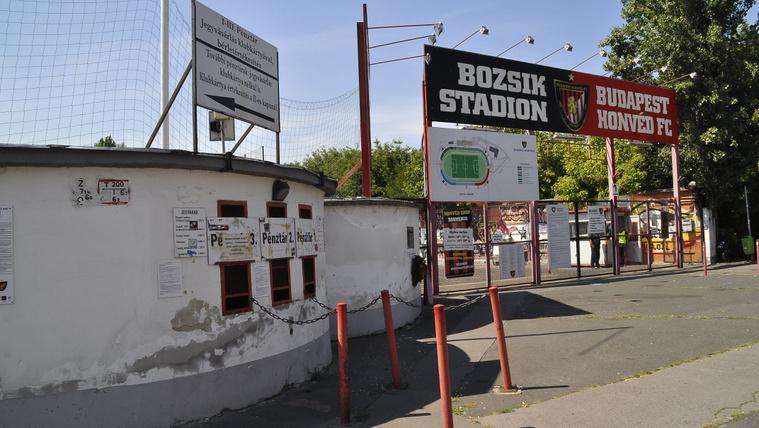 Búcsú a stadiontól, aminek építésénél a kis Puskás Ferenc is tolta a taligát
