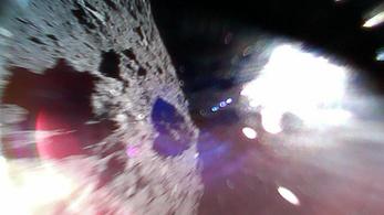 Landoltak az aszteroidán a Hajabusza-2 apró robotjai
