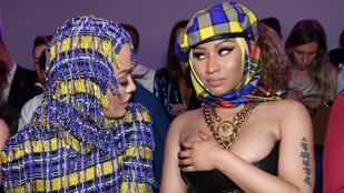 Nicki Minaj folyton majdnem kibuggyant ebből a fűzőből