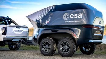 Mobil csillagvizsgálót csináltak a Navarából