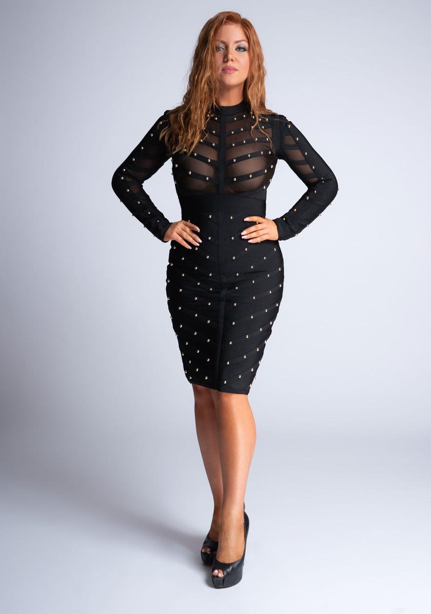 Tovai Reni még mindig szereti a bevállalós ruhákat - ez a Sztárban Sztár című műsorban előny számára.