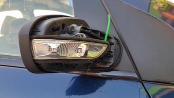 Az autómosó nem fizeti ki a letörött tükröt, de miért?