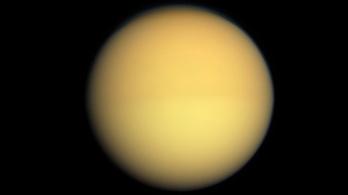 Először észleltek porvihart a Titánon