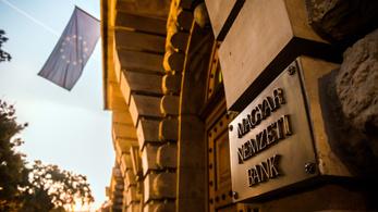 Kevés külföldön dolgozó magyar utal haza pénzt