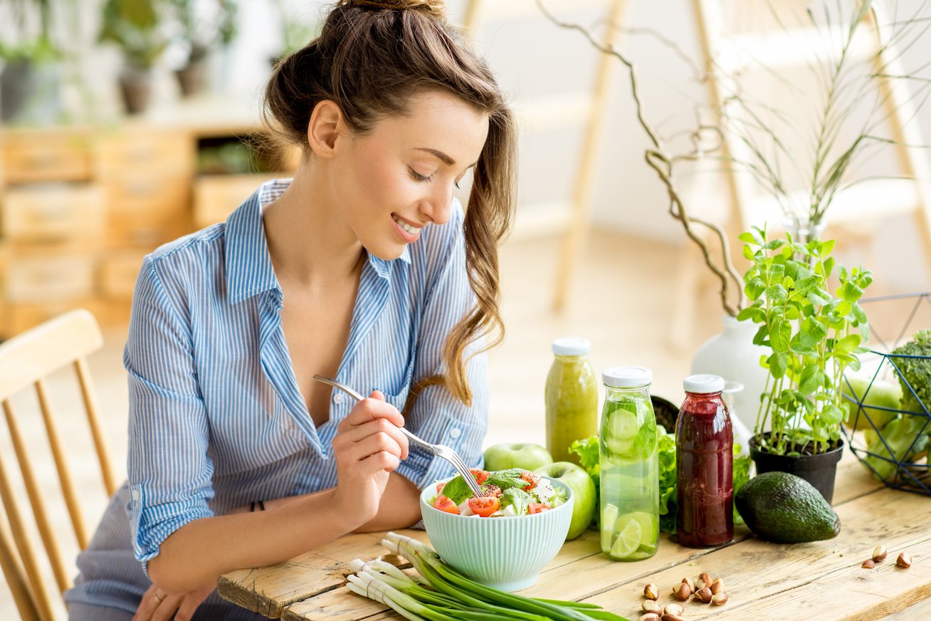 no-salatat-eszik