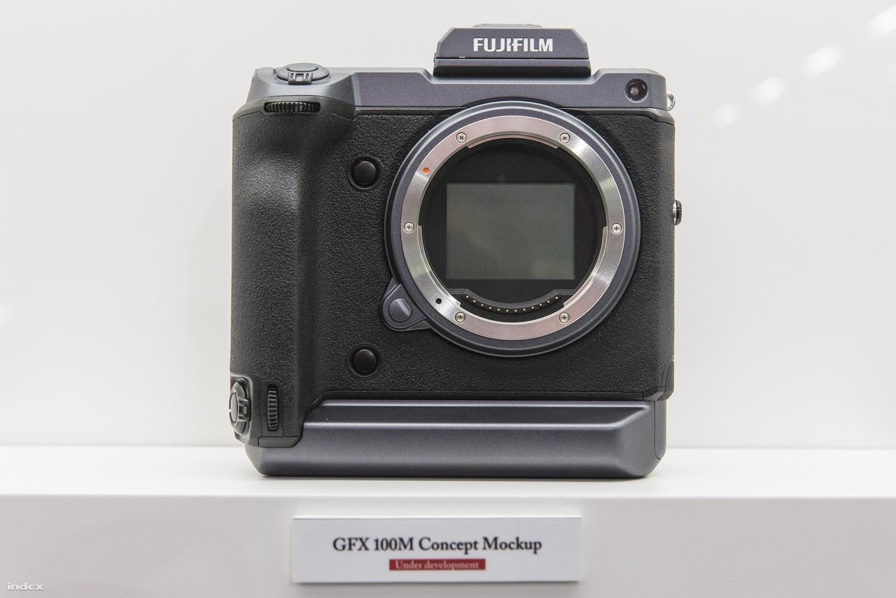 A Fuji szörnyetege, az egyelőre még fejlesztés alatt lévő, 100 megapixeles GFX 100M.