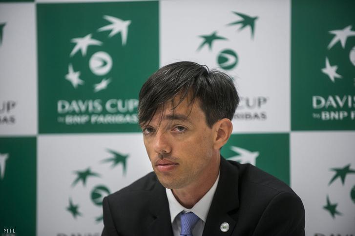 Richter Attila, a Magyar Tenisz Szövetség főtitkára a Davis Kupa magyar-szlovák összecsapásának budapesti sorsolásán 2016. július 14-én.
