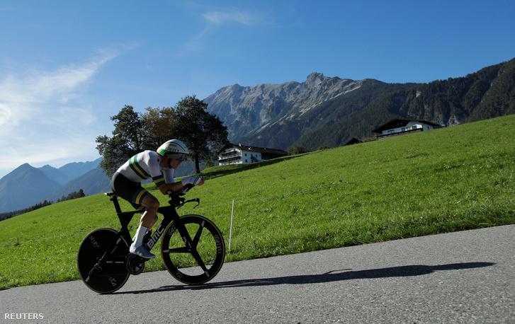 Rohan Dennis teker az innsbrucki kerékpáros világbajnokság egyéni időfutamán