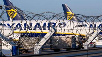 Rájár a rúd a Ryanairre: komoly figyelmeztetést kaptak az EU-tól