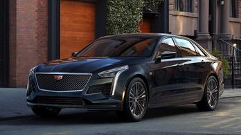 Hazaköltözik a Cadillac