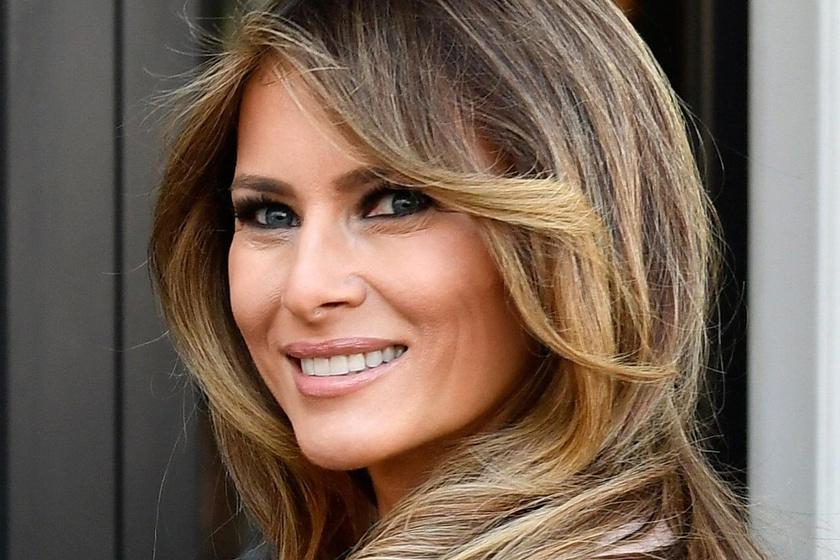 Melania Trump testhez álló, flitteres ruhában bálozott - Szexi volt benne