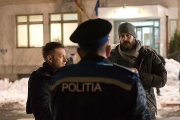 Bagota Béla rendező (j) Krisztik Csaba (b) és Meszesi Oszkár (háttal) a Valan című film forgatásán.