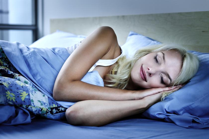 Növeli a zsírszövet tárolási kapacitását: a kevés alvás nagyon rossz a diétának
