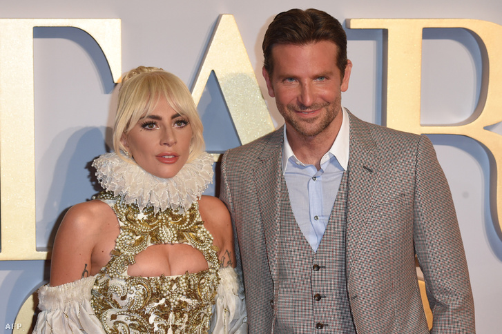 Lady Gaga és Bradley Cooper a Csillag születik bemutatóján