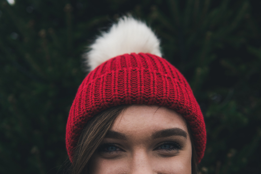 nő boldogság tél  (1)
