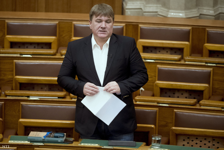 Szűcs Lajos a Fidesz parlamenti képviselője és a Magyar Tenisz Szövetség elnöke