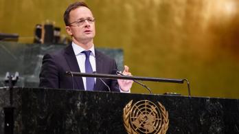 Szijjártó: Az ENSZ bürokratái migrációpárti személyek