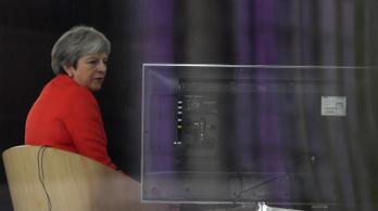 Újabb csavar a Brexit körül