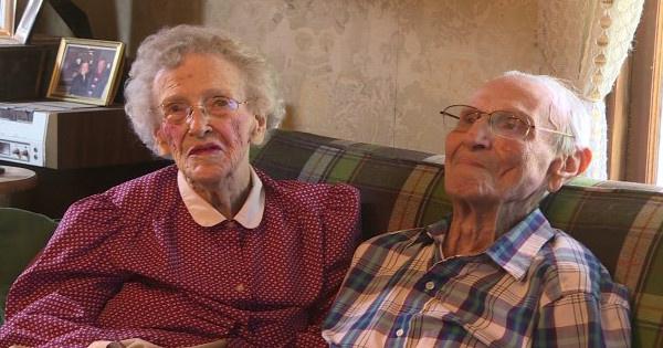 Annabelle szülei:a 82 éves Robert és a 76 éves Ruby.