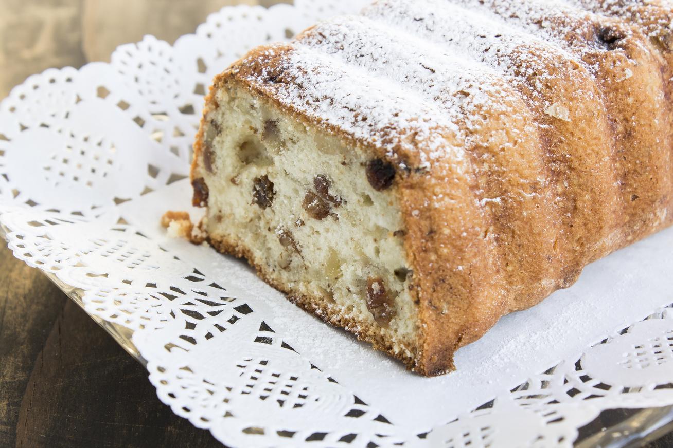 Diós-mazsolás kavart süti: fantasztikus őszi édesség a legegyszerűbben