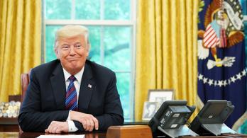 Trump átírta az USA egyik legfontosabb egyezményét