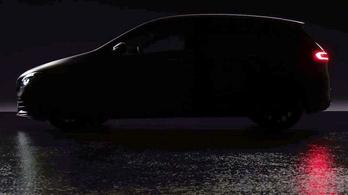 Holnap érkezik az új Mercedes B osztály