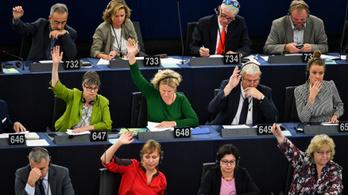 A Fidesz nem akarja, hogy az EP-képviselők hozzászóljanak a Sargentini-vitához