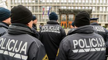 Rendőrök és ügyvédek sztrájkolnak két szomszédnál