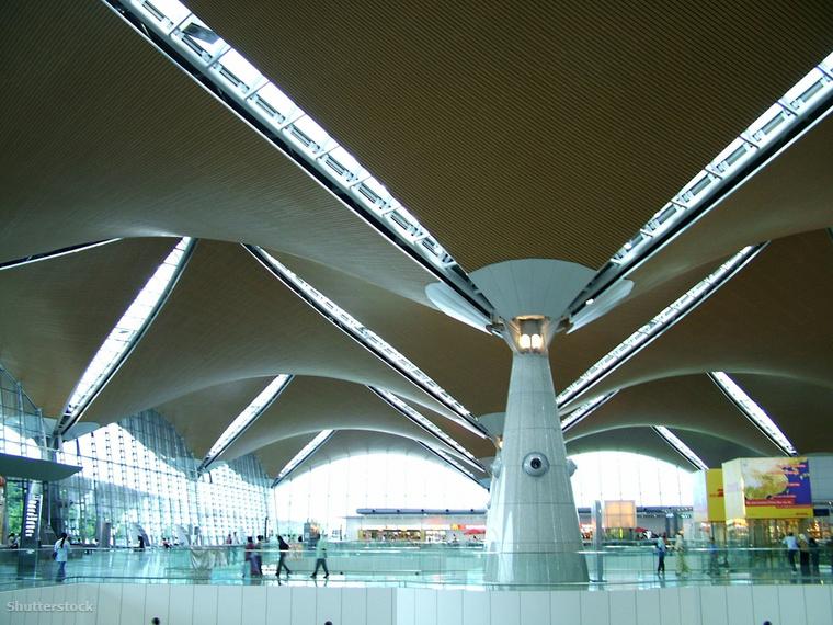 A Kuala Lumpur-i nemzetközi reptéren rengeteg kikapcsolódási lehetőséget vehetsz igénybe, mielőtt gépre szállsz, például meglátogathatod a masszázscentrumát