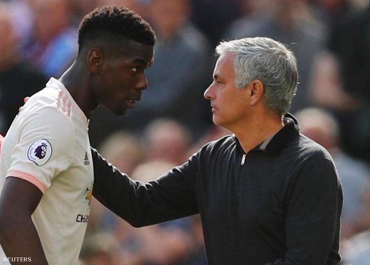 Paul Pogba és Jose Mourinho a West Ham United vs. Manchester United mérkőzésen 2018. szeptember 29-én