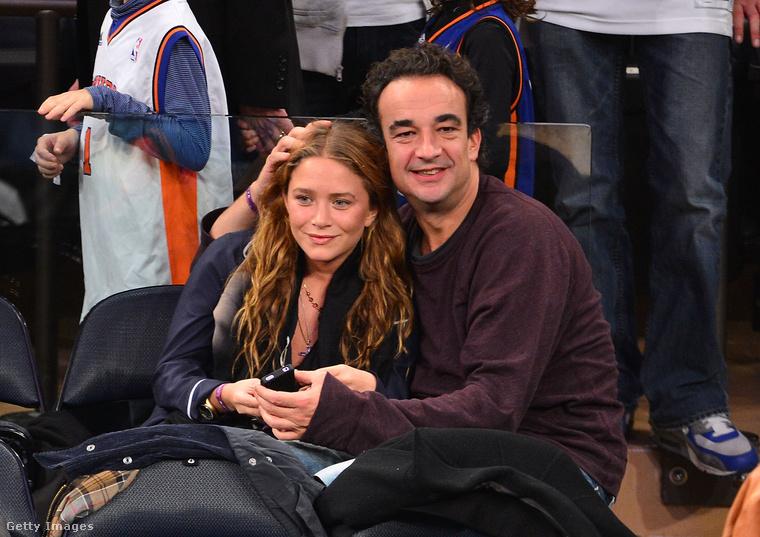 Szintén titokban kelt egybe Mary-Kate Olsen és a nála 17 évvel idősebb férje, Olivier Sarkozy