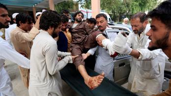 Öngyilkos merénylő robbantott Afganisztánban, sokan meghaltak