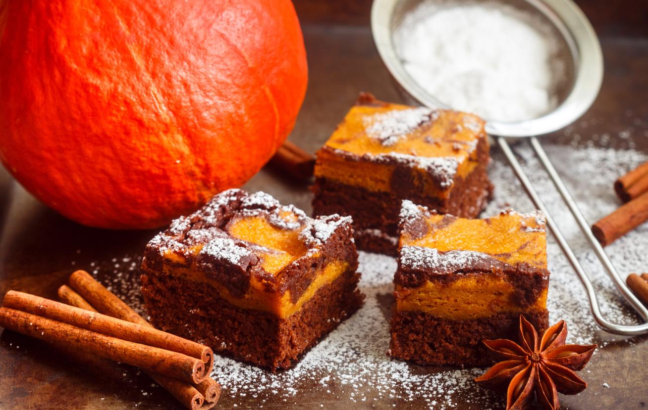 Tarka, sütőtökös brownie: így még finomabb az extra csokis süti