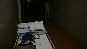 Két év felfüggesztettet kapott a kollégáit mérgező pécsi ápolónő