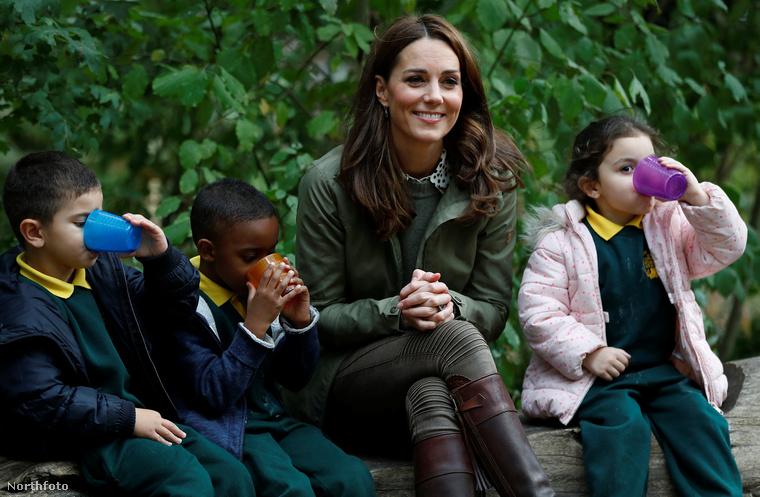 Nemcsak a nyár ért véget most már hivatalosan, hanem Katalin hercegné szülési szabadsága is