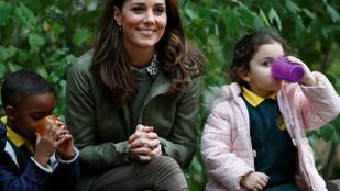 Katalin hercegné régi ruhákban, szupercsinosan tért vissza a szülési szabadságáról