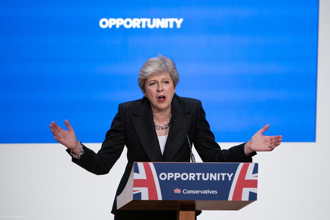 Theresa May a Konzervatív Párt kongresszusán 2018. október 3-án, Briminghamben