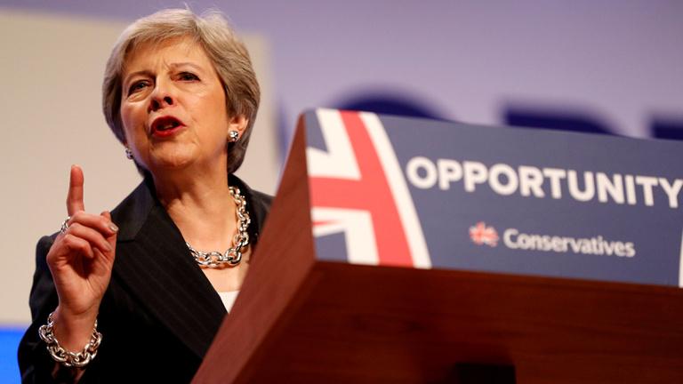 Theresa May egyre többet utal a megállapodás nélküli brexitre