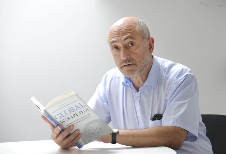 Kertész János fizikus, a Magyar Tudományos Akadémia rendes tagja 2014. szeptember 11-én.