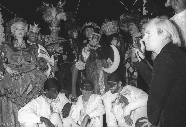 Egy német arisztokratát alakíttott  Paul Morrissey és Andy Warhol 1973-as, L'Amour című filmjében
