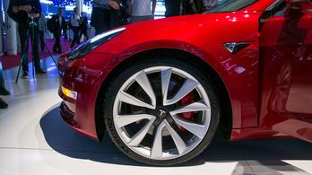Párizs 2018: Tesla Model 3